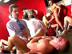Homosexuell reizvollste Herren Nippeln und die Hahn Welche als Herberge in Angriff genommen geführt