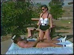 Lauren Брис трахает Ранди Дикарь Летучая мышь Сука 1990 года