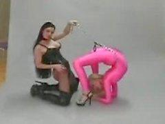 Fétiche les lesbiennes flexibles