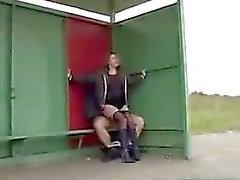 Desde de fraude -meet - Sex na paragem de autocarros