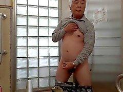 Japonais vieux de la masturbation PÃ © nis les flux de semence