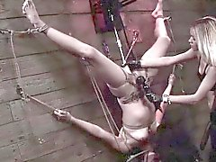 FetishNetwork Isa Mendez rope suspension