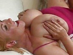 Tetona y sexy a Samantha de 38g de Gett ...
