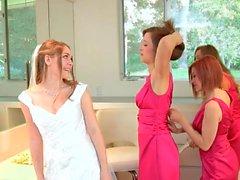 Malena Morgan Aurielee Summers e dois Nobodies em Lesbian Foursome !!
