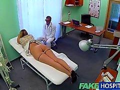 FakeHospital - enfermera encuentra expuso rusa