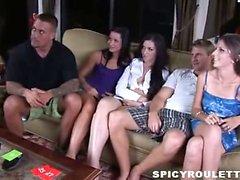 Drôle sexuelle la roulette épisode avec Tanner Mayes , d'Alexis Capri