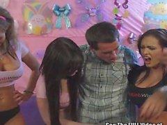 Jenna de Presley le da Masturbación con la mano Para Fans!