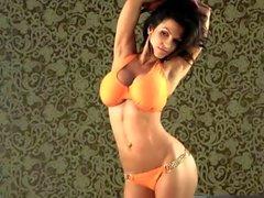 Denise Milani Portakal Bikini bikini seksi olan - olmayan bir hükümsüz