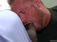 Muskel-Vati bezieht sich U 2 sein Doktor, Dr. Big Black Dick!