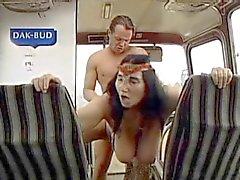 hässliche Oma mit riesenbusen vom Mechaniker 3. gefickt