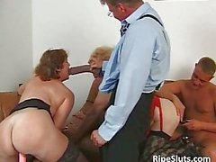 Two horny mature sluts get those wet cunts fucked
