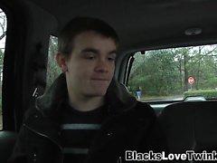 Gay teini teini ajaa musta kalu