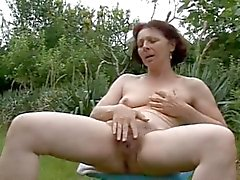 mature Milf Squirting
