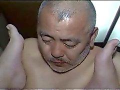 Japanilaiset Aikuiset isää