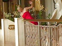 Alison Engel sind ein sexy roten Kleid Taten wie