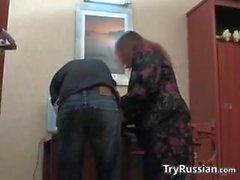 Bir Office'te Fat Matür Rusya'nın