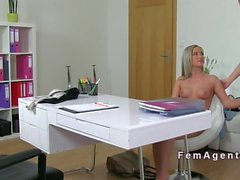 Stunning female agent eats pussy on casting