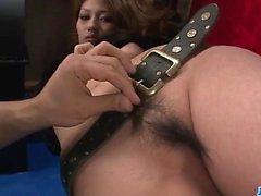 Riina Fujimoto surpreende com seu bichano apertado