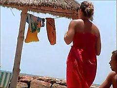 otroligt fransk flicka topless beach Tunisien