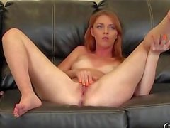 Marie McCray a masturbarsi