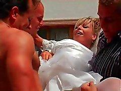 Braut kommt Gruppensex Sex im , Bukkake sowie eine Überraschung