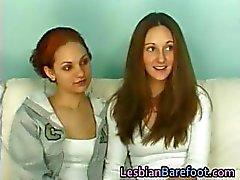 Lesbische Cuties Casting op de bank part5