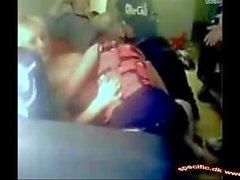 heiße Girls Dänemark warf Kleider über Webcam