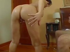 Mature MILF, Deauxma, A Boy Toy Over Deep Ass Putain!