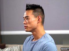 Rimjob gay asiatique et éjaculation