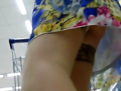Stockings upskirt in a supermarket 2