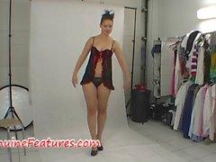 Backstage фотосессию в жаркую платье латексной