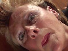 Mature Carol has a good time
