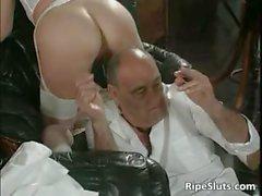 Mature slut gets her cunt fist hard part4
