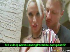 Holly Halston блондин порнозвезда в публичных