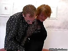 Horny mature mom loves sucking some part1