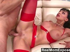 RealMomExposed - Geile Sekretärin liebt ihren Arsch einen Schwanz
