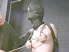 esclavo encapuchado torturadas y envasados