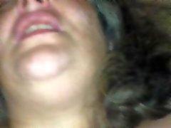 Cumming e implorando por anal