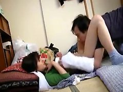 Lustful Japanese maid seizes the opportunity to enjoy a dee