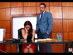 Rödhåriga Knullad på kontoret Monique Alexander