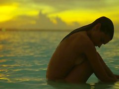 Alessandra Ambrosio Tribute - сексуальная женщина жива
