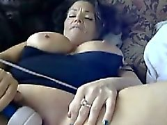 Busty Shanon enjoys hitachi magic wand