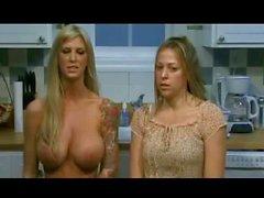 Brooke'un Reklam topless konuş