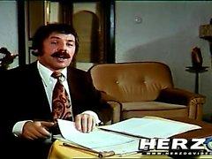 Kasimir, la executor..uhm, sorry.The agente judicial tiene su propia