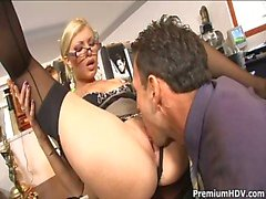 Office Slampa Donna Bell Gets Ramm ...