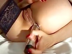 Arab In Lingerie With A Vibrator
