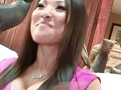Wicked - Asa Akira prend quatre BBCS
