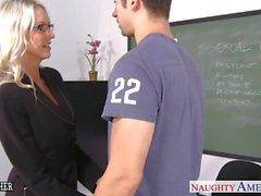 Geschlecht Lehrerin Emma Starr nehmen Schwanz im Klassen