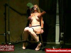 Peli Roja MILF Mamada Orgasmo Tortura