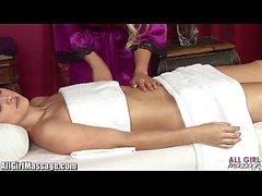 Madison Ivy Lesben Muschi lecken All Girl Massage Compilation